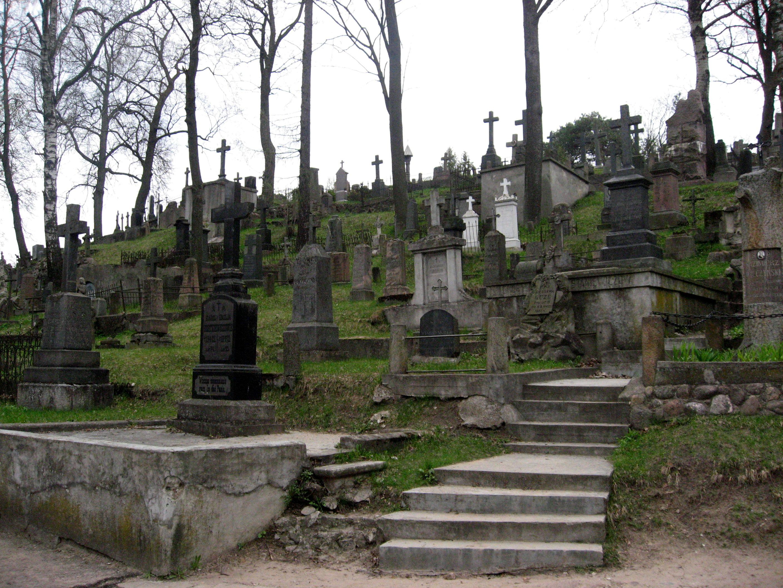 Rasų_kapinės_(5)